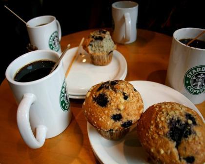 """Миссия Starbucks: """"Вдохновлять и подпитывать человеческий дух..."""""""
